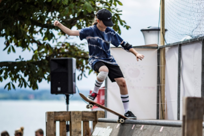 Skateboard Mini Ramp